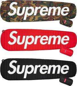 Supreme®/Sea to Summit Self Inflating Sleeping Ma